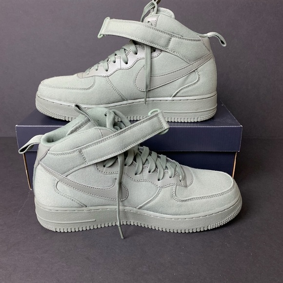 New Nike Air Force 1 Mid </p>                 </div>                 <div id=